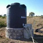 La cisterna de 3000 litros, vida para las sedientas californianas