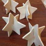 Ornement de table, étoiles en porcelaine. Brigitte Morel
