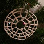 Cercle en dentelle de porcelaine. Brigitte Morel