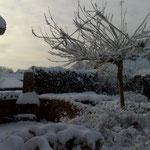 Een terras van Bij Truus in de winter