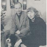 1950 zusammen mit ihrem Mann Heinz Stock und Hund Lhasie in Flensburg