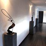 sculpture sur socle béton ferronnerie pongi
