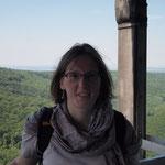 Auf dem Fernsehturm: zerzaust, aber glücklich