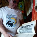 Kitsch-paradise, artisans créateurs, tee-shirt peint à la main.