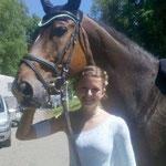 Lisa Hub strahlt mit Be Happy / Idar Oberstein über ihren Sieg in Klasse M