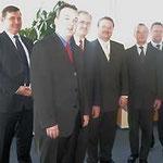 Manfred Schmidt, Michael Lowak, Prof. Dr. Egon Jüttner mit dem russischen Gesandten Wladimir Matwejew, Dr. Werner Dub und Dr. Jörg Matthies (von links) bei der MVV Energie AG