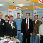 Egon Jüttner, Claudius Kranz, Michael Hoffmann, Herr Mackert, Minister a.D. Stratthaus, Erwin Feike, Frank Schirmer und Steffen Ratzel am Stand der CDU auf dem Mannheimer Maimarkt