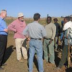 Egon Jüttner informiert sich über ein Entwicklungsprojekt in Äthiopien