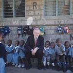 Egon Jüttner in einem Kindergarten in Eastleigh, einem Stadtteil von Nairobi/Kenia