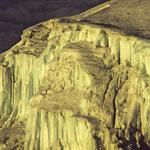 Auf dem Weg zum Uhuru-Peak: Eiskaskaden.