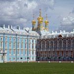Prunkvoll - Der Katharinenpalast in Puschkin bei St. Petersburg.