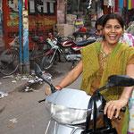 Emanzipierte Frauen gibt es mehr und mehr - auch in Indien. Jodpur/Rajasthan.