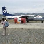 """Vom """"Airport Altai"""" geht es mit der betagten russischen Antonow der Mongolian Airline zurüch nach Ulanbator."""