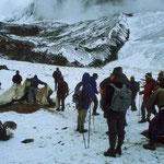 Beim 5.050 m hohen Pacchaspata-Jampa-Pass werden wir von einem Schneesturm überrascht.