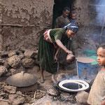 """So wird das traditionelle äthiopische Fladenbrot """"Injera"""" gebacken."""