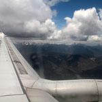 Auf dem Flug von Lhasa nach Zhongdian.