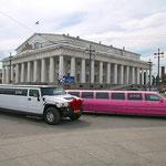 Stretch - Limousinen gehören zum Stadtbild von St. Petersburg.