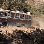 Abenteuerlich ! Auf der Straße vom Simien-Gebirge nach Axum.