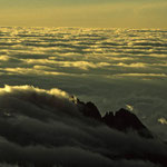 Blick vom Gilmans-Point - 5685 m Höhe auf den Mawenzi.