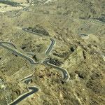 Bergstraße zwischen Ataq und Al Bayda im südlichen Jemen.