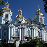 Die St. Nikolaus - Marine - Kathedrale von Rastrelli in St. Petersburg.