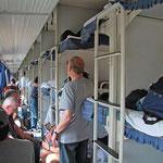 """24 Stunden unterwegs im """"Luxus - Reisezug"""" von Peking nach Xi'an. Die 6-Bett-Schlafkabinen wurden teilweise mit Chinesen geteilt."""