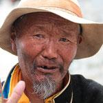 Pilger beim Kloster Tashilhunpo in Shigatse, der Residenz des Panchen Lama.
