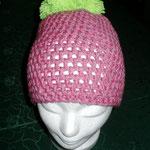 Häkelmütze rosa/graumeliert mit dickem kiwigrünem Bommel