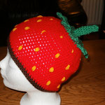 gehäkelte Erdbeermütze groß  (out)