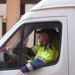 I Vigili urbani a causa di una emergenza non ci hanno potuto accompagnare. La protezione civile di Brindisi ha detto subito si.