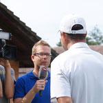 Vater und Coach Ivan wird auch interviewt