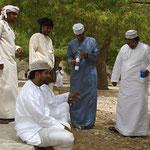 Kamelmilch im Wadi / Oman