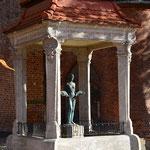 Der Barbarabrunnen