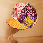 紫×黄色の元気キャスケット!
