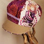 紫×白のドット柄キャスケット 元気いっぱいで親子でいかが?