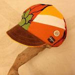 オレンジの元気キャスケット 帽子だけで存在感満点!