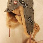 アンティックのエアキャップの形を元に作った 大人帽子