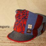 以前も作った青と赤のコントラストが美しい模様のKEPI   (14-au-01-Tkepi)
