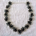 Hogarths crystal Curve Wachsperlen grau-schwarz verkauft