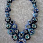 "Kette ""Flora"" Blautöne 100 Euro"