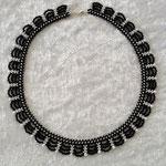 Bogenkette schwarz-weiß 25 Euro