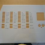 14. Armaturentafel Motoryacht, zugeschnitten und vertieft graviert mit Laser, incl. schwarzer Farbauslage