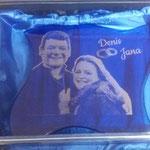 36. Glasständer mit Fotogravur, blau durchgefärbt im Seidenkarton