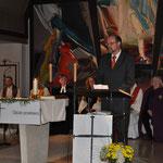 Walter Elsner bedankt sich bei allen, die zum Gelingen des Ereignisses beigetragen haben