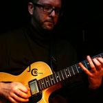 Nicolas Bombard (guitare) - Jam session swing - Comptoir du jazz à Bordeaux - Photo:© JC Art View