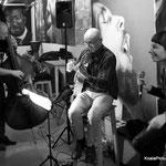 Concert chez Liams - Thierry Lujan (guitare) et Alexandre Jian (contrebasse) - Photo:© Alain Koenig