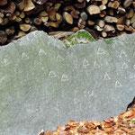 Übungsdreiecke von zukünftigen Steinmetzen (19. Jh.)