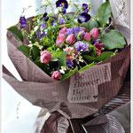 1月 春の花を集めたスパイラルブーケ(ラッピング付)