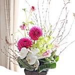 3月 お祝いの花をイメージして