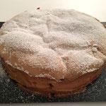 Der Kuchen schmeckt auch lauwarm sehr gut